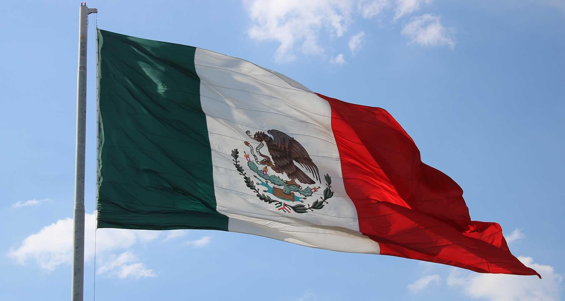 bandera-mexico-relacion-estados-unidos